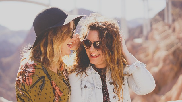 How To Make Friends When You Travel